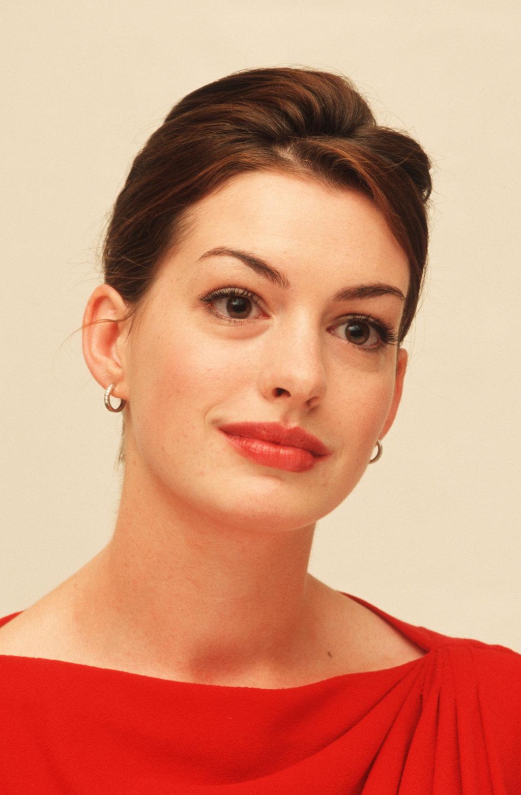 Bokep-ID » Download Galeri Anne Hathaway Profil Biodata Dan Foto ...