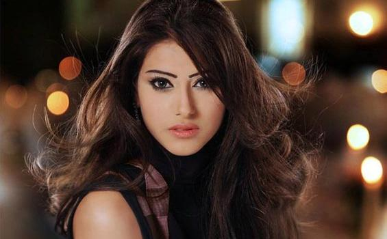 ... Shaila Sabt Miss Universe Cantik dari Timur Tengah - Bingkai Berita