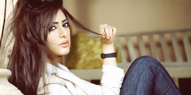 Foto Shaila Sabt Miss Universe Cantik dari Timur Tengah