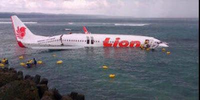 Pesawat Lion Air Jatuh di Laut bali 5