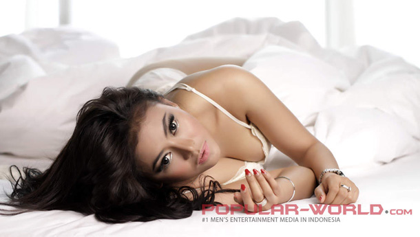 Vitalia Sesha Hot Popular