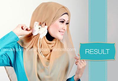 Cara memakai jilbab segi empat 8