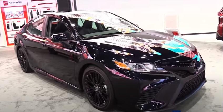Toyota Camry Black Edition